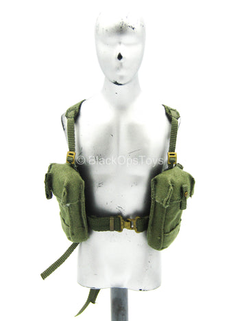 WWII - British Sergeant - OD Green Harness & Pouch Set
