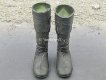 The Mercenary - Green Boots (Peg Type)