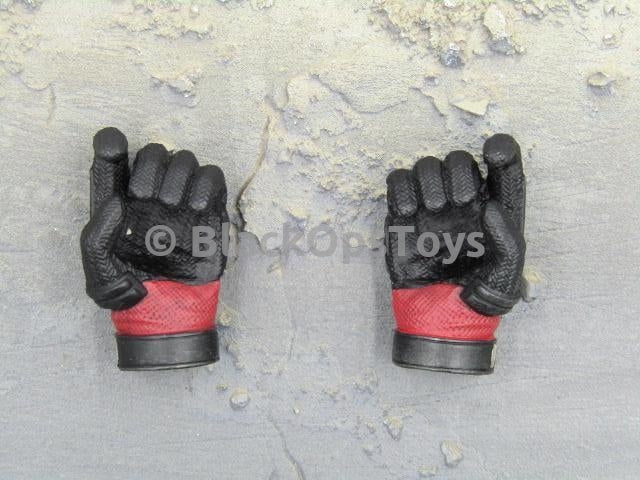 Deadpool Collectible Figure Gloved Pistol Holding Trigger Hands x2