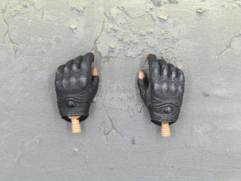 TERMINATOR - John Connor - Gloved Hand Set (x2)