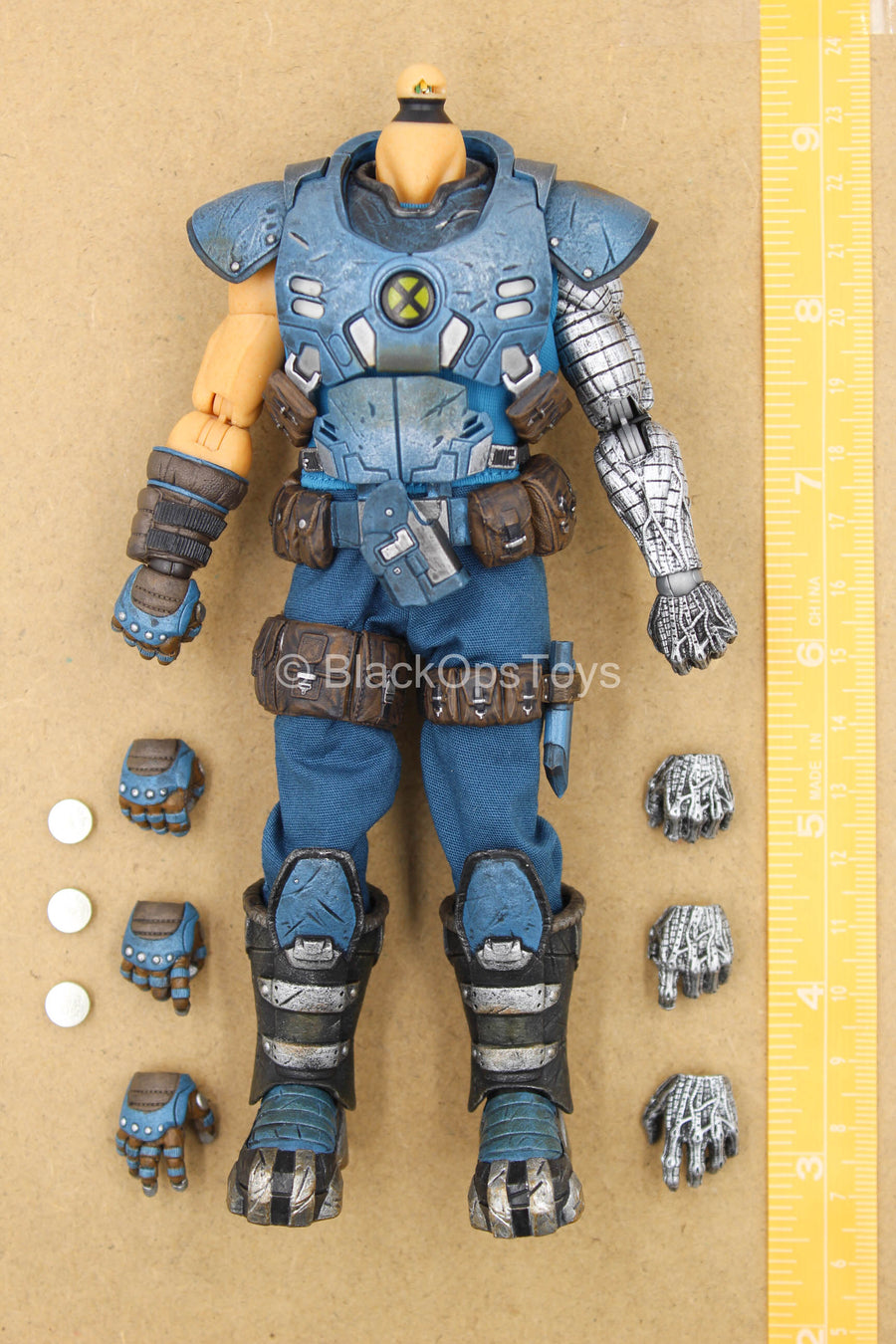 1/12 - Cable - Male Base Body w/Hand Set & Light Up Armor