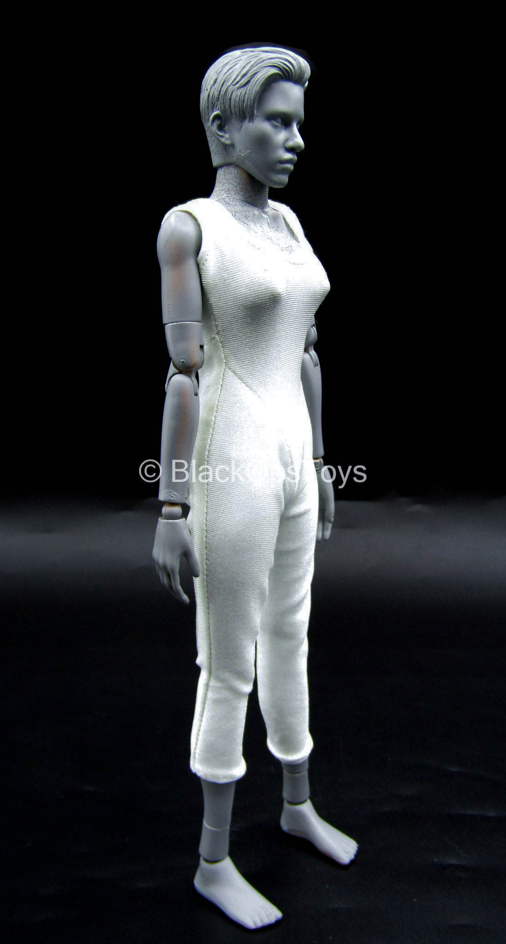 Annu Yuri - Female White Body Suit