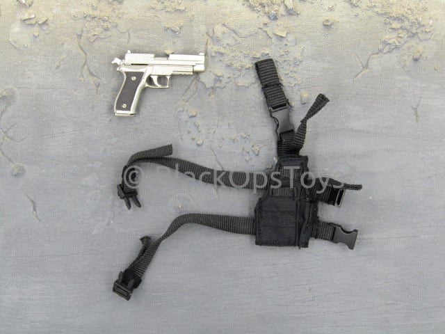 "Army of Two Masked Mercenaries ""Continue To Fight"" Pistol & Holster"