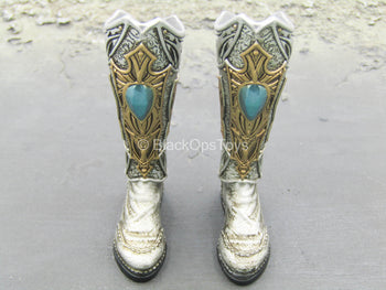 Tariah Silver Valkyrie - Silver-Like Knee High Boots (Peg Type)