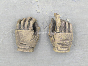 World War Robot - Sniper - Punter - Brown Gloved Hand Set
