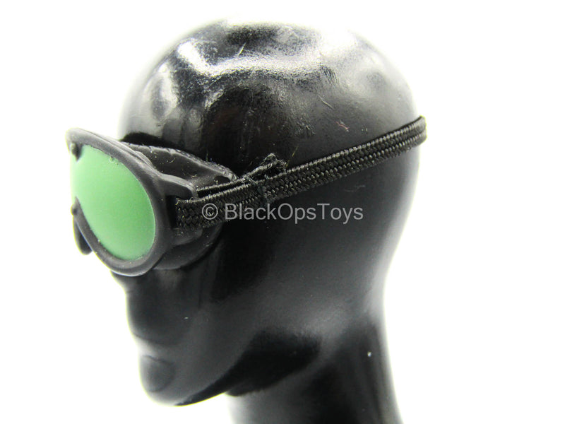 Black Goggles w/Green Lens