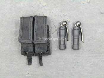 Ophiuchus - Death Squad Joel - Stun Grenades w/Dual Cell Pouch