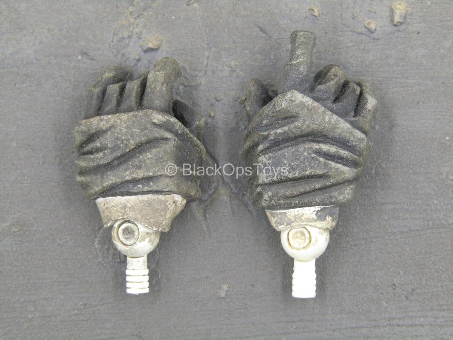 NIght Watch - Weathered Male Gloved Hand Set