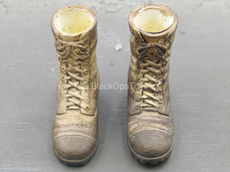 Fantome de Plume - Weathered Combat Boots (Foot Type)