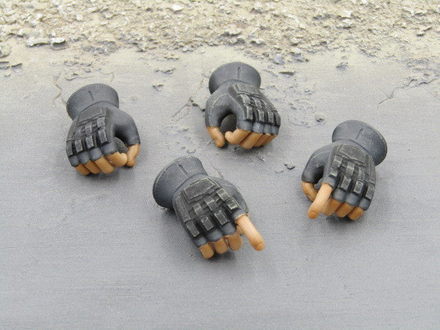 War of Order Heavy Weapons Specialist GLOVED HANDS Set