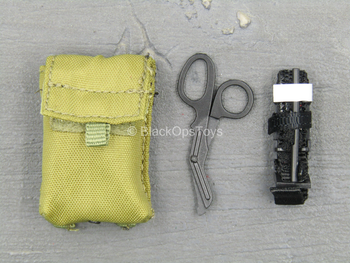 Mark Forester - US CCT - Green IFAK Pouch w/Medical Equipment Set