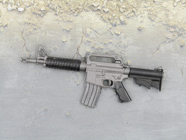 One Sixth Scale Model Gun 235 002