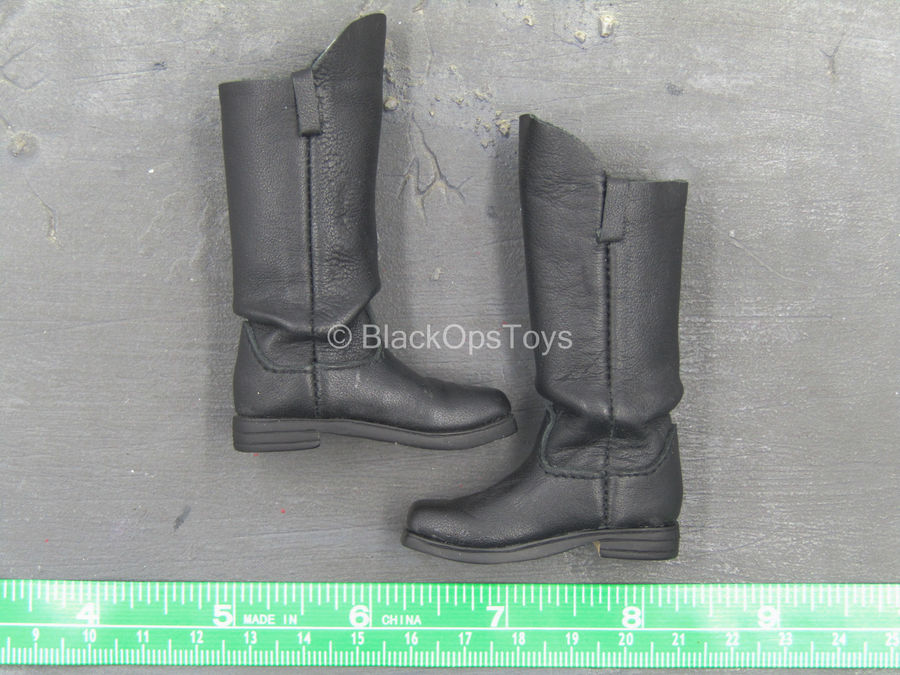 Western Gear - Black Leather Cavalry Boots (Foot Type)