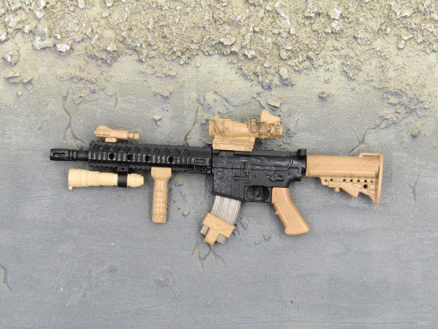 One Sixth Scale Model Gun 252 003
