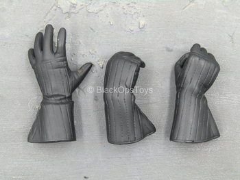 Star Wars - Darth Vader - Male Black Gloved Hand Set (Type 2)