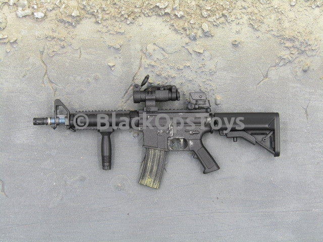 One Sixth Scale Model Gun 295 008
