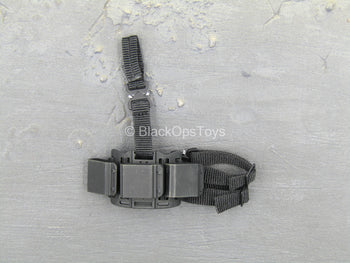 Suicide Squad - Deadshot - Triple Cell Drop Leg Magazine Holster