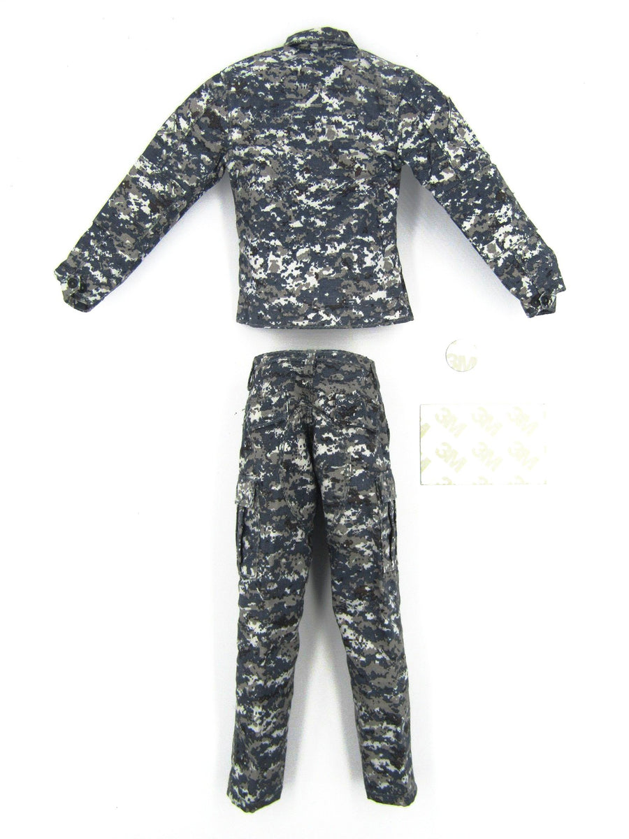 US Navy - Commanding Officer - NWU Camo Uniform Set w/Patches