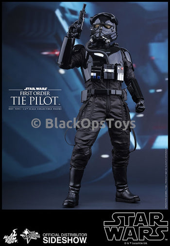 Hot Toys MMS324 Star Wars The First Order TIE Pilot Mint in Box