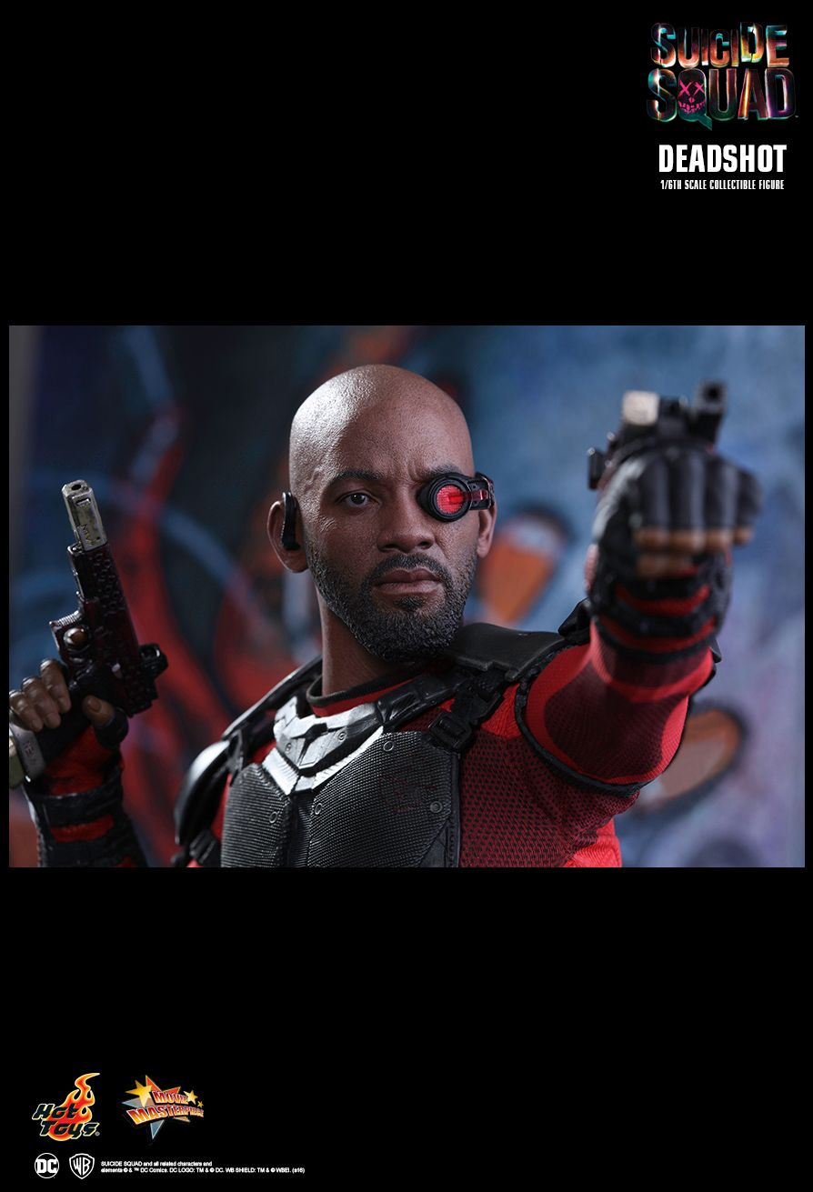 Suicide Squad - Deadshot - Black & Red Gloved Hand Set (x7)