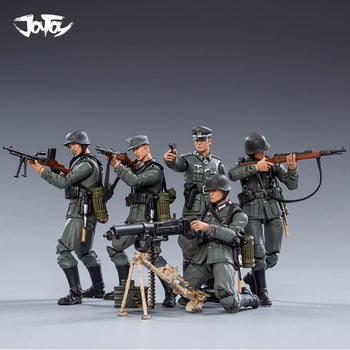 1/18 Scale - WWII - Wehrmacht w/Mountain Division Combo - MINT IN BOX