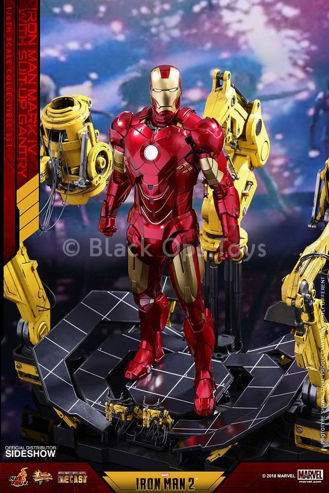 Iron Man Mark IV w/Suit-up Gantry - MINT IN BOX