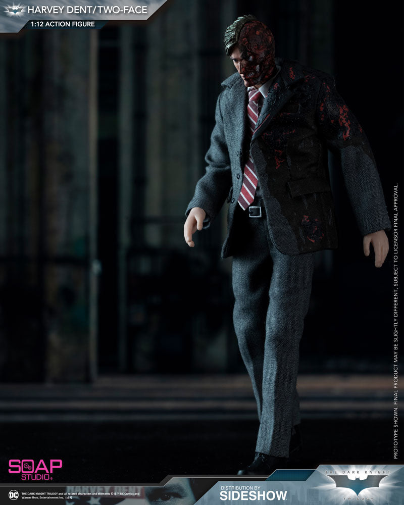 1/12 - Harvey Dent - Base Figure Stand