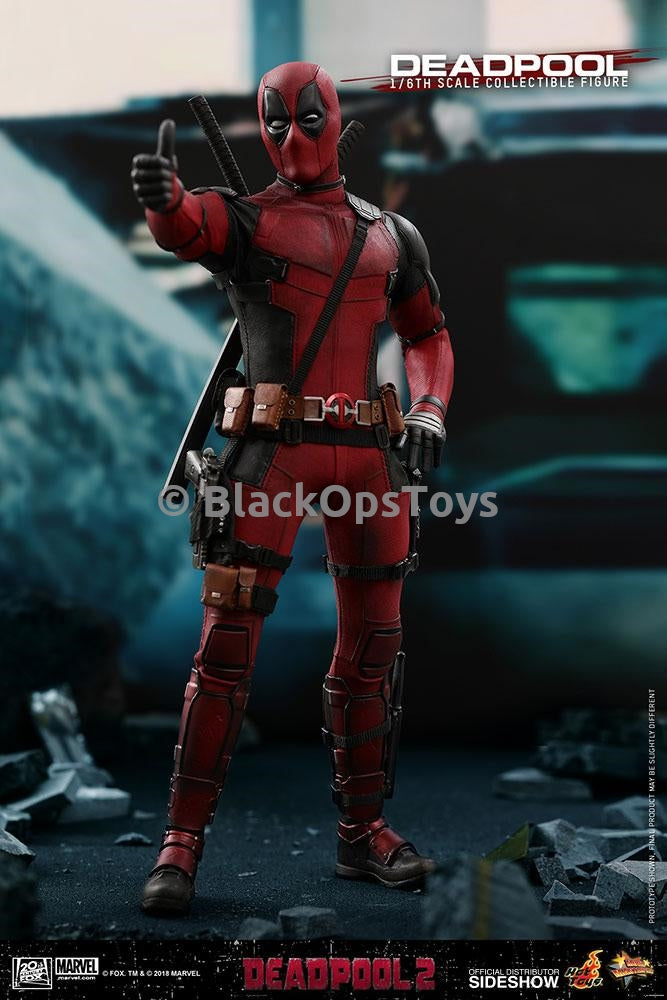 Deadpool 2 - Pouch and Collar Clips Set