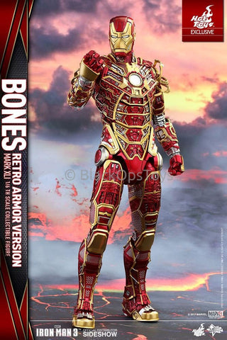 Hot Toys SDCC 2017 Exclusive Iron Man Mark XLI Bones Retro Armor Version Mint in Box