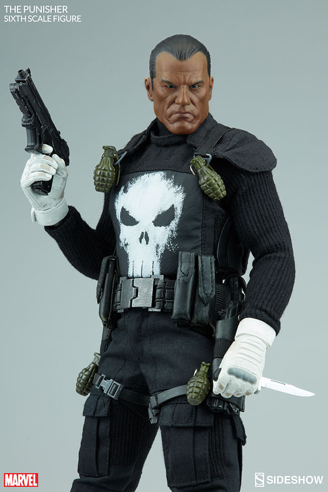 The Punisher - Black Shirt w/Skull Detail
