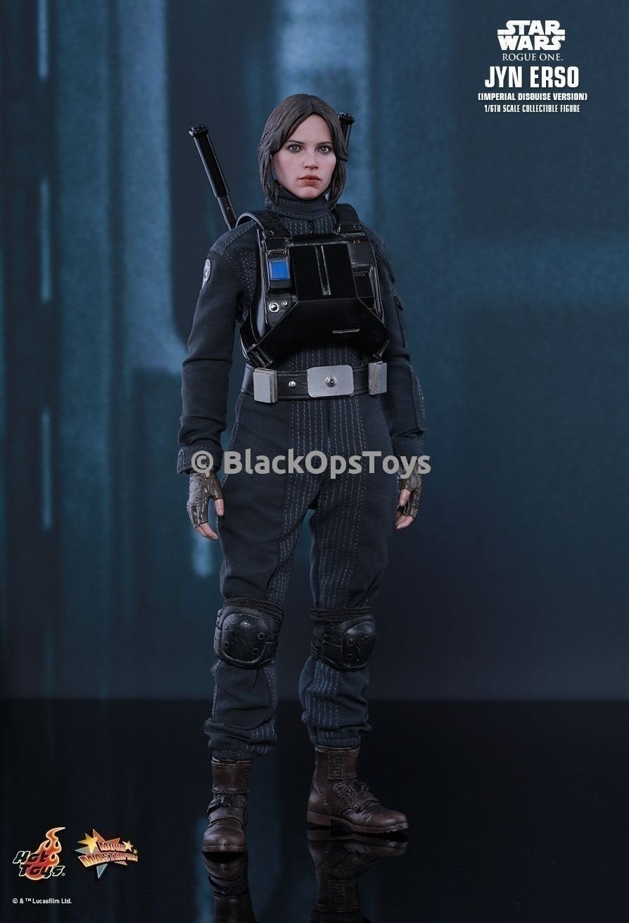 Jyn Erso - Ground Crew Magnetic Chest Plate & Batons