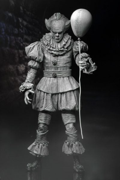 "SDCC Exclusive - IT - Pennywise The Clown ""Engraved"" Edition - MINT IN BOX"