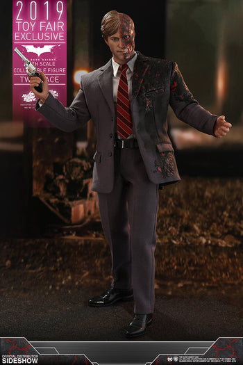 Batman: The Dark Knight - Two Face - Exclusive - MINT IN BOX