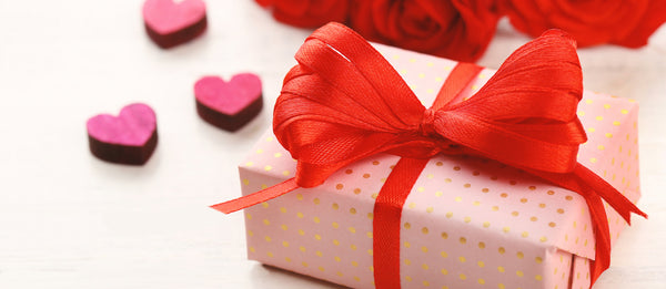 Valentine's Day Gift Guide for Her!
