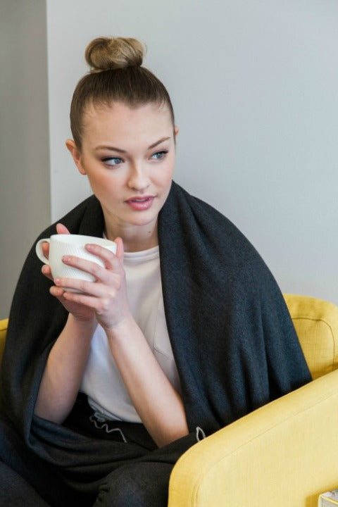 Luxurious Buki Blanket | The Perfect Thermoregulated Wrap to Keep You Comfortable in Style