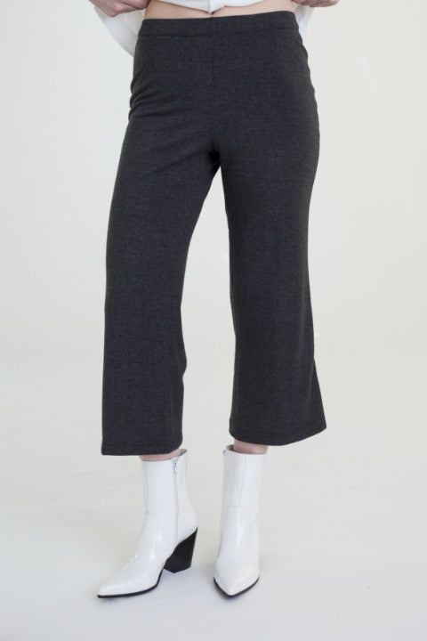 Buki's Kick Around Pant | Elegance simplified. Made with the softest technical fabric and an elastic waistband, this pant is comfortable enough to lounge in, but stylish enough to wear to work | Women's Clothing | Women's Pants | Free Shipping