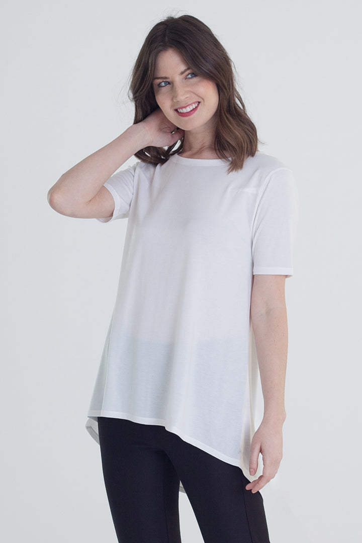 Buki's Long Weekend T-Shirt | A t-shirt with a stepped hem that makes for a flattering fit on any body type | Women's Clothing | Women's T-Shirt | Free Shipping