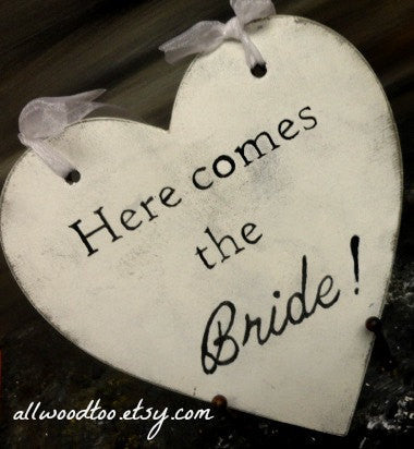 Here Comes The Bride Heart Wedding Signs Rustic Crackled White Wood Custom Signs Wedding Photo Props Wedding Decorations Ring Bearer Pillow