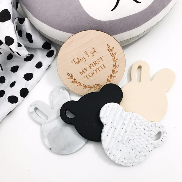 BUNNY & BEAR Silicone Teething Disc - Teethers - ONE.CHEW.THREE Boutique teething, modern accessories