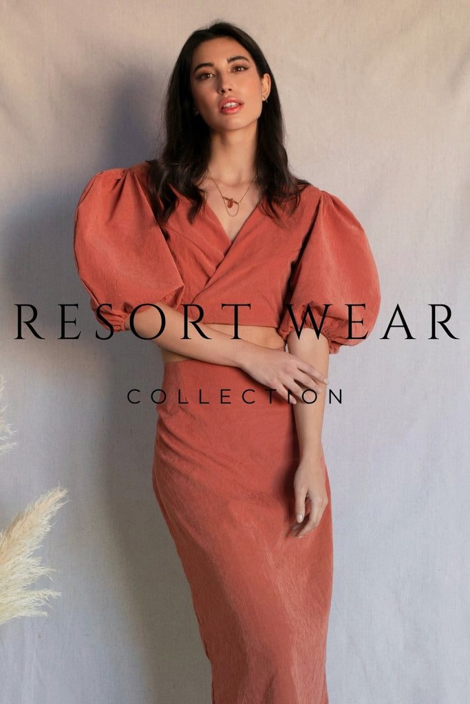 DONNA CROSS-OVER WRAP BLOUSE WITH VOLUMINOUS SLEEVES. Zao Resort Wear Collection
