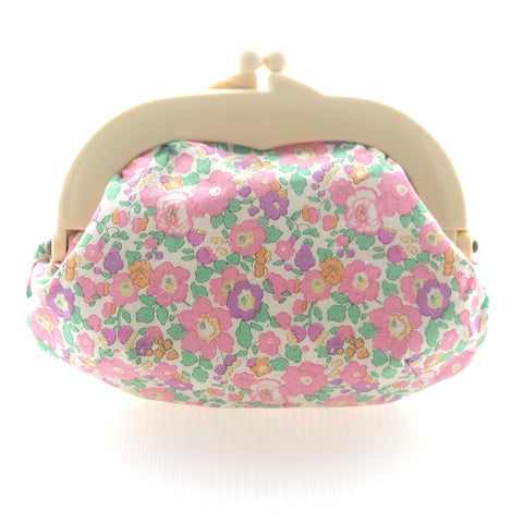 Madeline Betsy Midi Pink Pouch - Medium Ivory Clasp