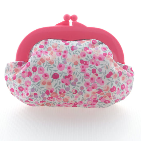 Madeline Berry Pink Pouch - Medium Fuchsis Clasp