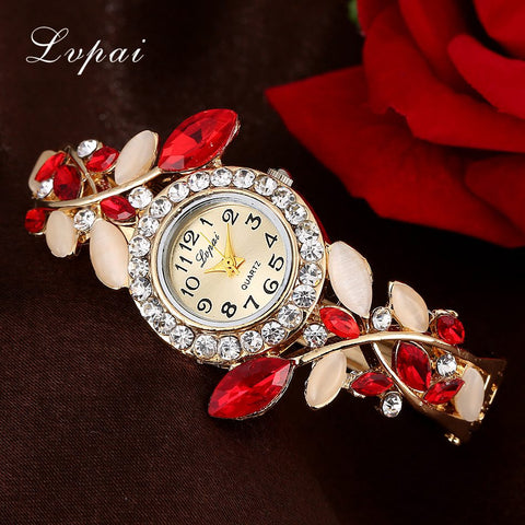 Fashion Vintage Women Dress Watches Colorful Crystal Bracelet Watch Wristwatch Casual Gift Dress Clock Red Watches
