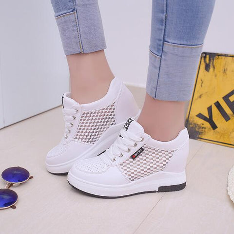 Fashion Women Leather White Shoes Platform Lace Up Shoes Woman High Increasing Casual Flats Shoes For Lady Spring Autumn