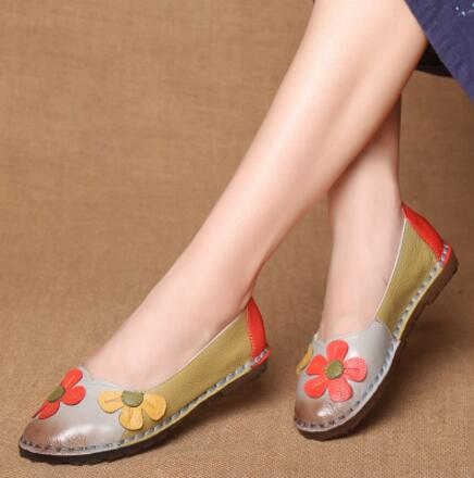 Flower Design Round Toe Flat Shoes