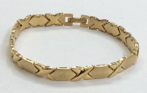 "14k Gold Plate Steel  XOXO Bracelet 8"" /Gift / X and O/Hugg and Kisses"