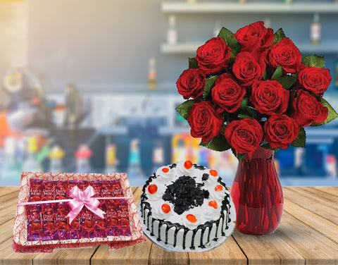 Send Red Roses in Vase Deal to Pakistan with DrBake.pk