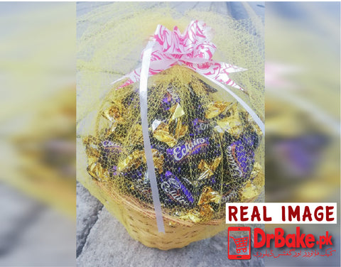 100 Chocolate Eclair Candies Basket