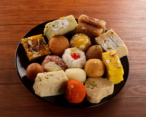 5kg Mix Mithai/ Sweets Basket - Rehmat e Shereen - Dr Bake Pakistan Send gifts to Lahore, Karachi, Islamabad, Pakistan
