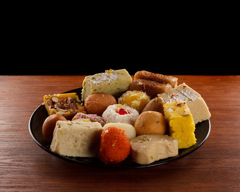 Send 5kg Mix Mithai/ Sweets Basket - Bread & Beyond Sweets To Pakistan…